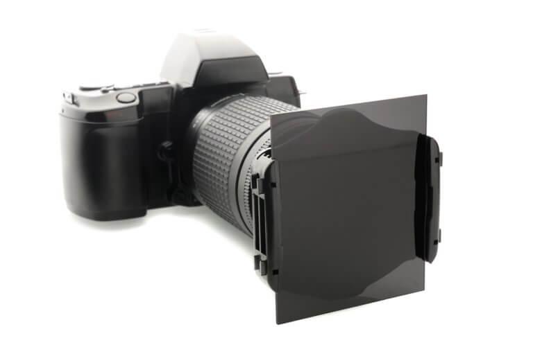 פילטר ND עם מתאם יעודי למצלמה .